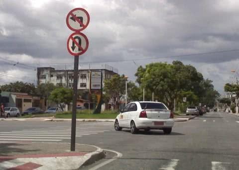 Fazer uma conversão errada acarreta em multa e é considerada infração grave. (Foto: Divulgação)